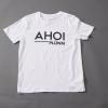 T-Shirt mit dem Ahoi Plünn Schriftzug vorne