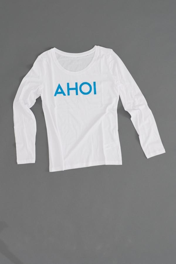 Ahoi Plünn Shopbild Longsleeve für Frauen mit dem Schriftzug 'AHOI' von vorne