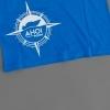 Plünnrose auf blauem T-Shirt