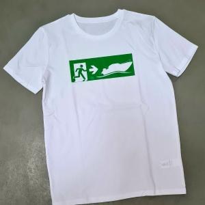 weißes T-Shirt Notausgang Motorboot