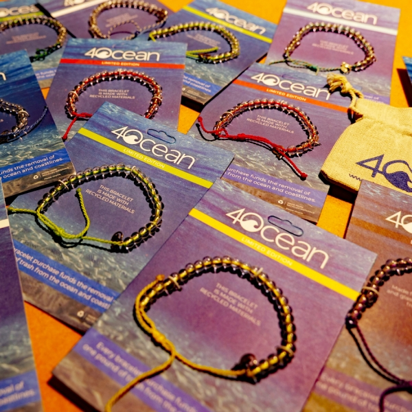 4Ocean Armbänder von unserem Partner